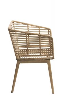Stuhl aus Rattan