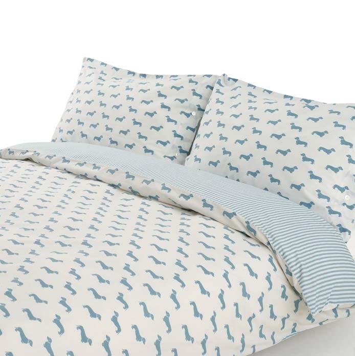 bettw sche mit blauem dackel und streifen in blau wei. Black Bedroom Furniture Sets. Home Design Ideas