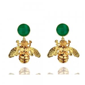 Goldene Hummel am grünen Quartzcabochon -Clip