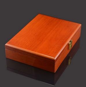 Box für Manschettenknöpfe