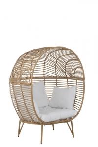 Stuhl in Eiformat aus Rattan mit Kissen