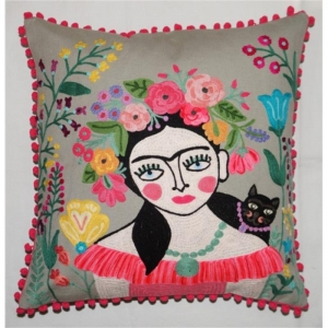 Kissen mit gestickter Frida Kahlo