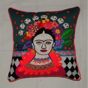 Frida Kahlo  mit Vogel