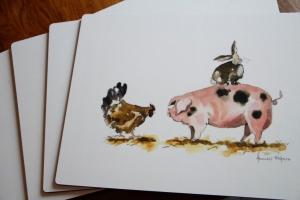 Tisch-Set  Schweinchen gegen Hähnchen